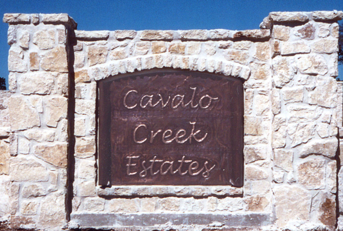 Cavalo Creek Sign
