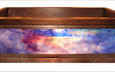 Oceana Luminescent Apron Sink