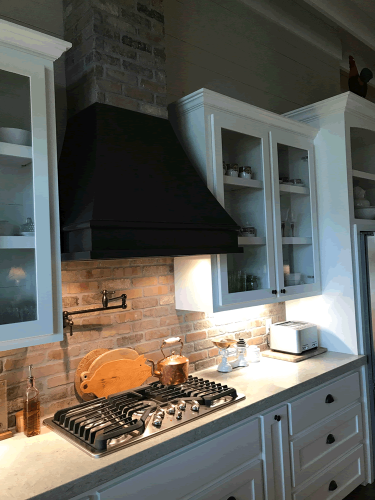 Range Hood for Farmhouse Kitchen