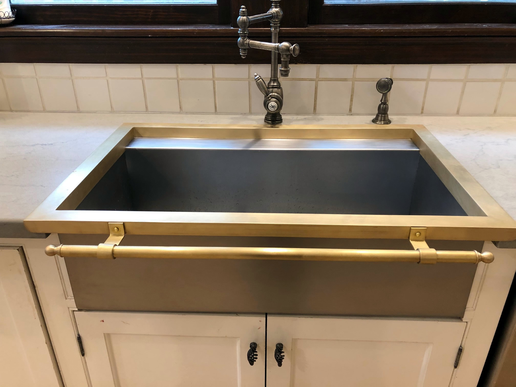 Constantine IV sink install photo