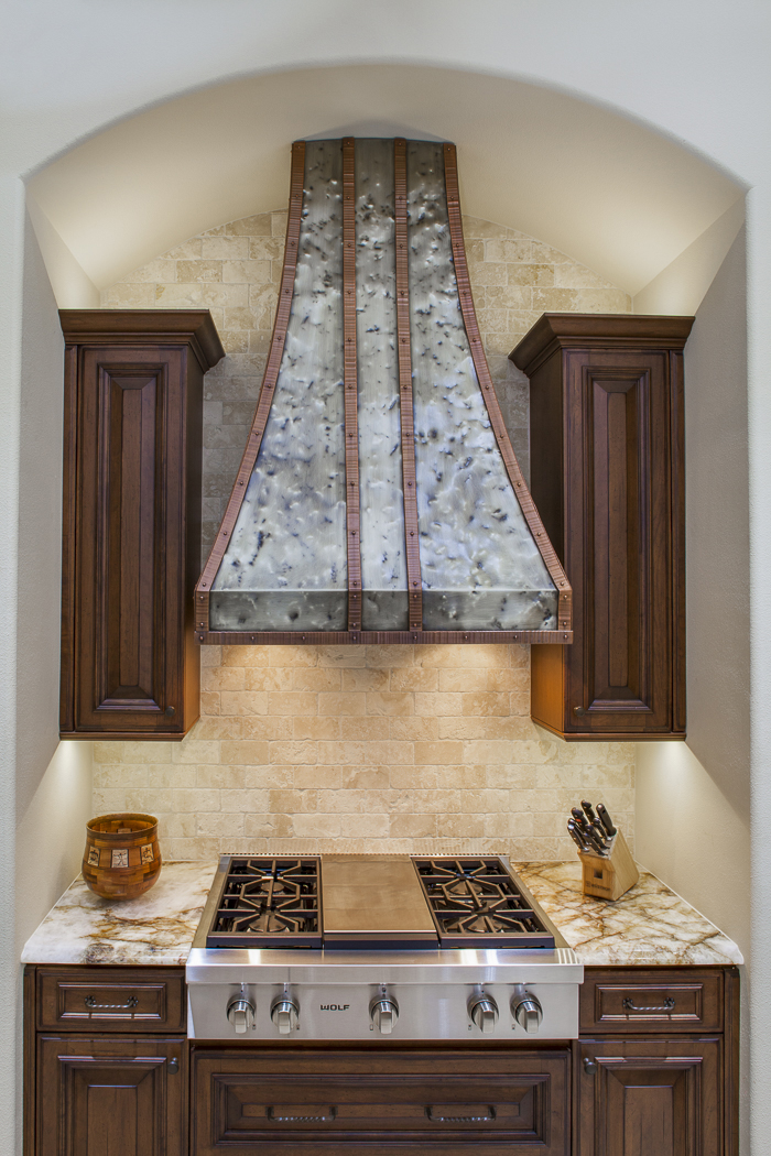 Private Residence 28 Range Hood 13-85